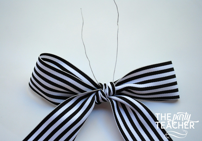 How to Tie the Perfect Bow by The Party Teacher - 5