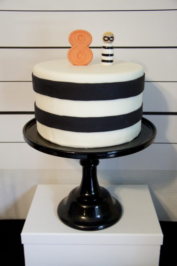 Robbers cake - Cops and Robbers Party by Sparkling Sweets Boutique-11