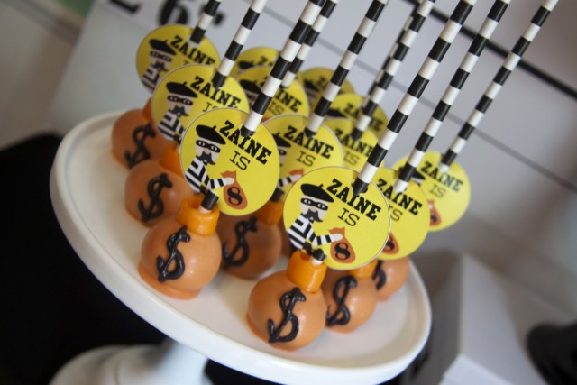 Robbers cake pops - Cops and Robbers Party by Sparkling Sweets Boutique-16