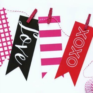 Freebie Friday: 28 Free Valentine's Printable Banners