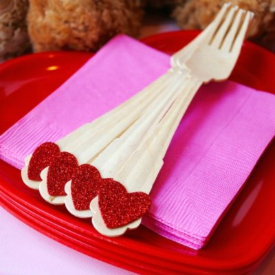 My Parties: Valentine's Day Teddy Bear Bar Cart Party + Free Printables