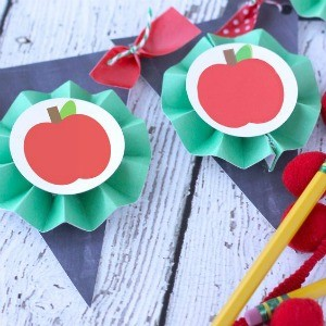 Freebie Friday: 15 Back to School Party Printables