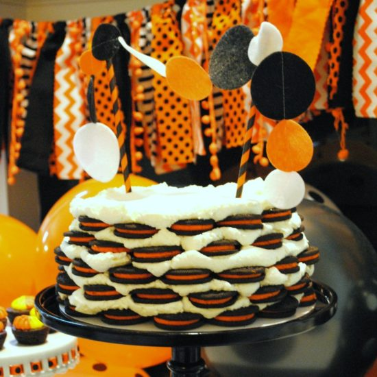 Easy Halloween Icebox Oreo Cake
