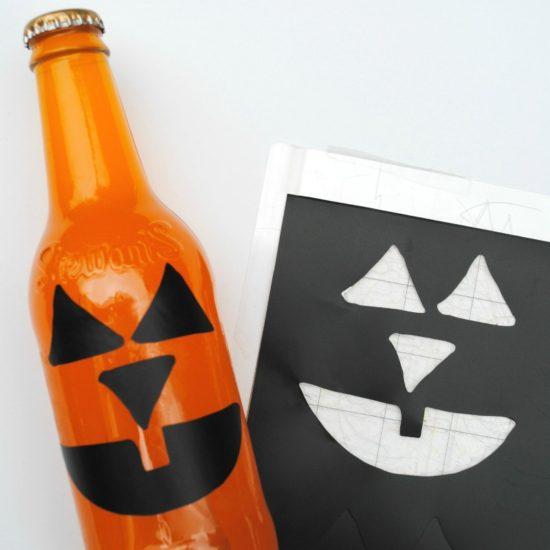 Tutorial: Halloween Party Soda Bottles