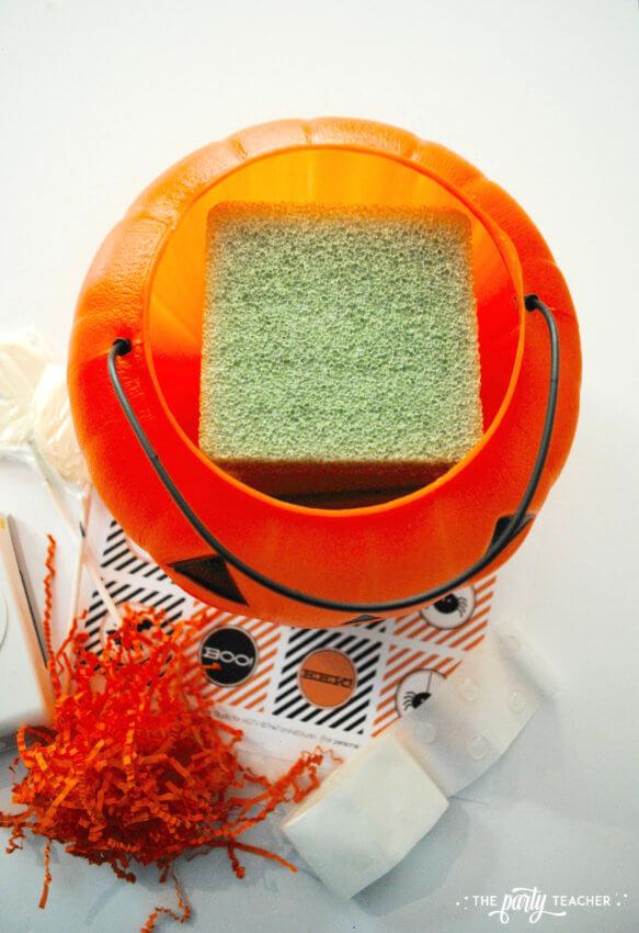 Halloween Candy DIY Centerpiece by The Party Teacher - foam