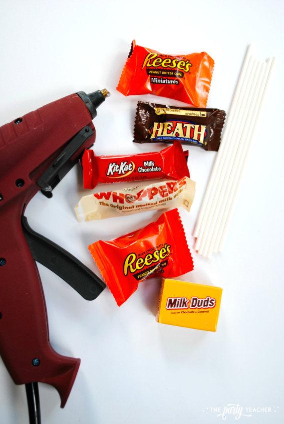 Halloween Candy DIY Centerpiece by The Party Teacher - glue gun