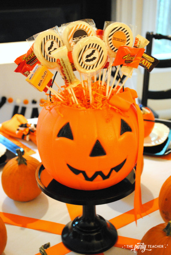 Halloween Candy DIY Centerpiece by The Party Teacher - centerpiece 2