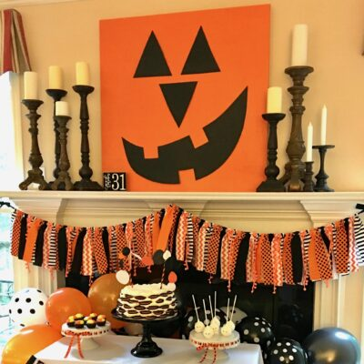 Halloween Party Backdrop Tutorial