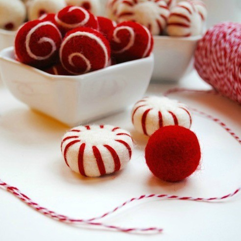 Tutorial: How to Make a Felt Ball Garland