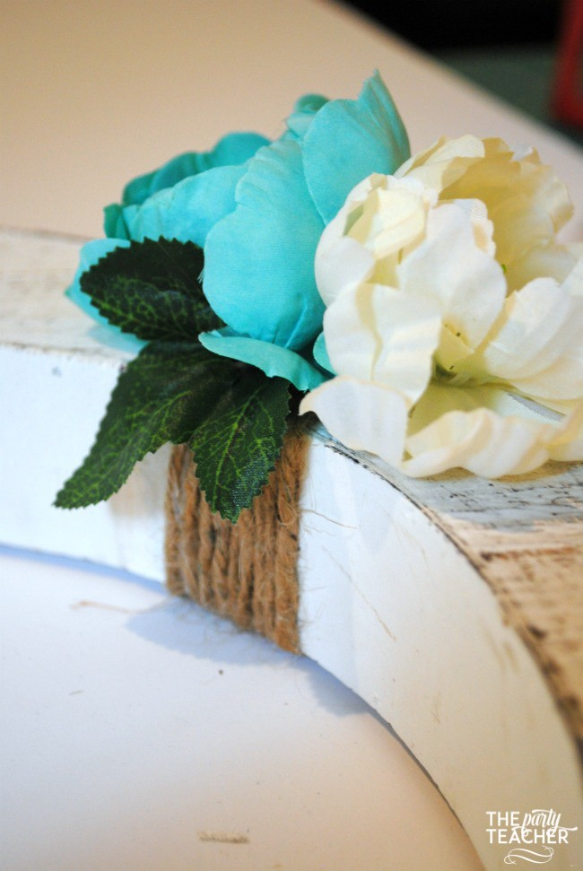 Rustic birthday party letter tutorial by The Party Teacher