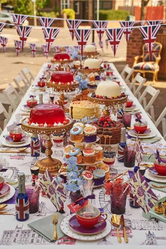 Queen Elizabeth 90th-Birthday-British Stree Party by Absolute Taste via Pearl and Pear