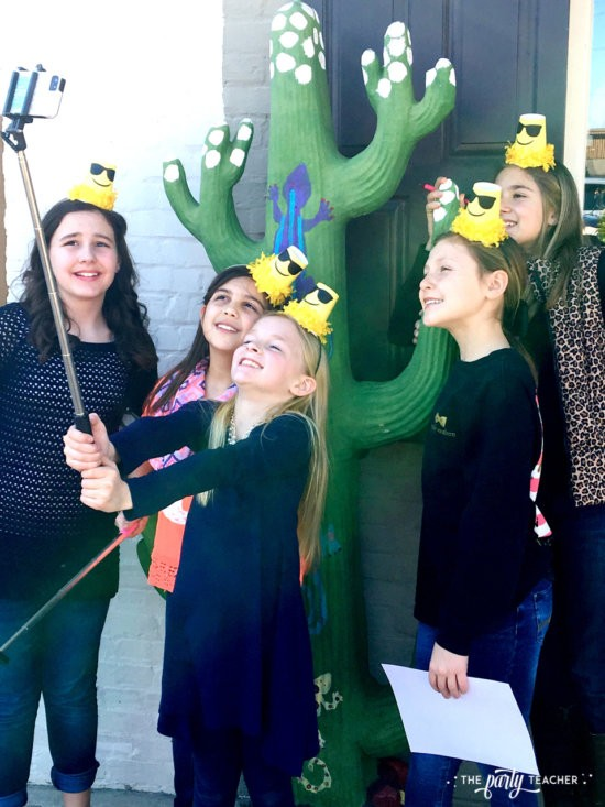 Selfie Scavenger Hunt Birthday Party by The Party Teacher - Scavenger hunt 2