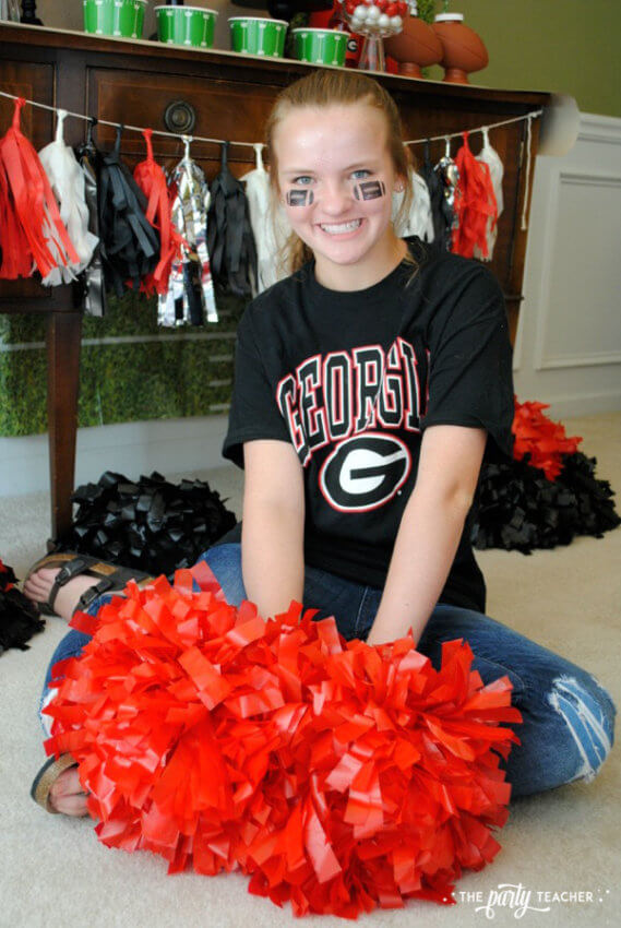 Football Party by The Party Teacher - Meg cheer poms 42
