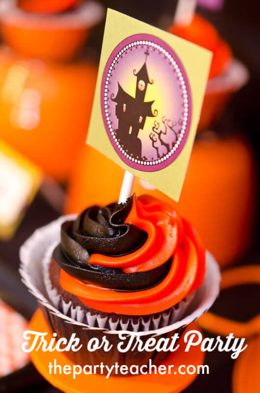 How to host a Halloween trick or treat party by The Party Teacher