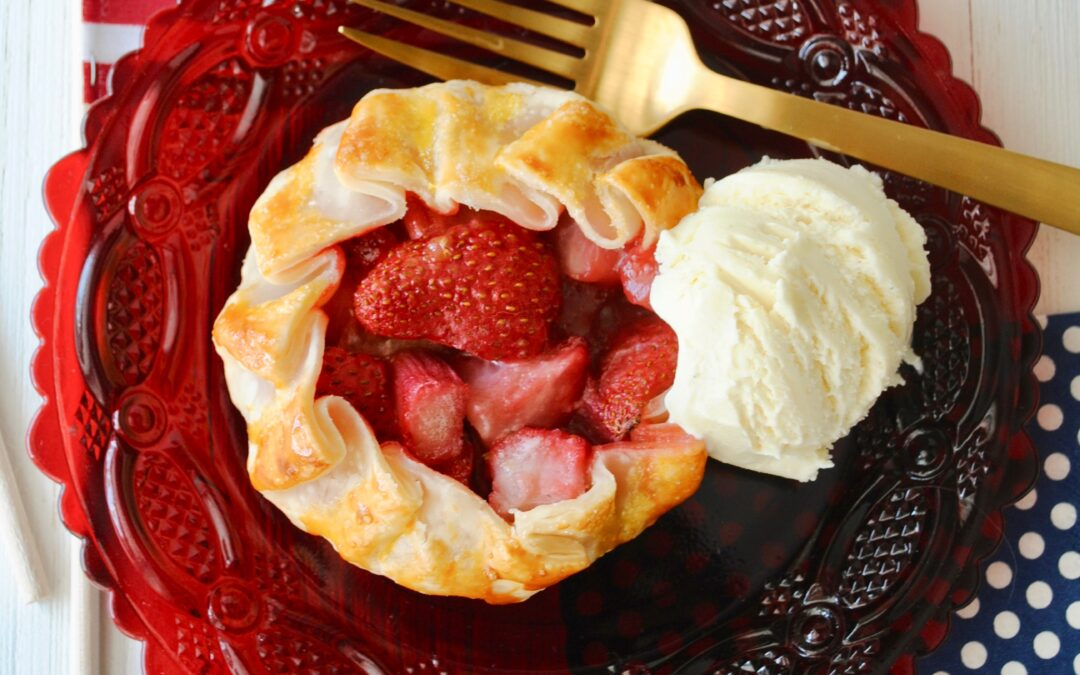 Rhubarb Strawberry Tarts