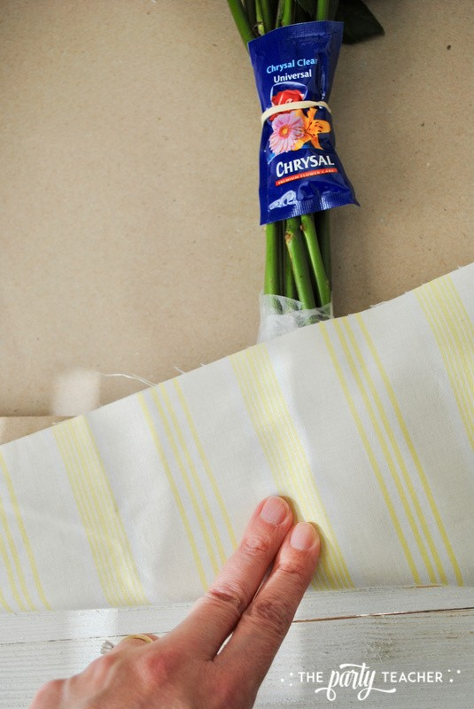How to wrap a bouquet by The Party Teacher - 14