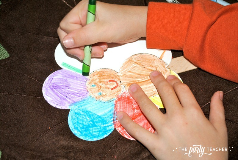 Turn a flower into a turkey - The Party Teacher