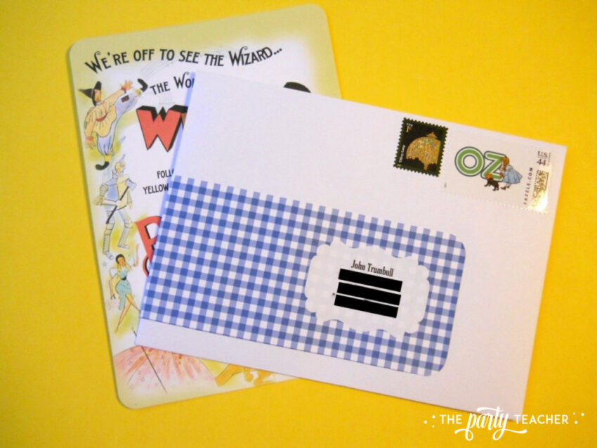 Wizard of Oz party invitations envelopes - The Party Teacher