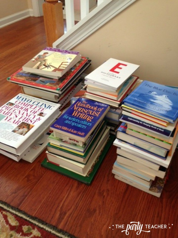 Decluttering books - The Party Teacher