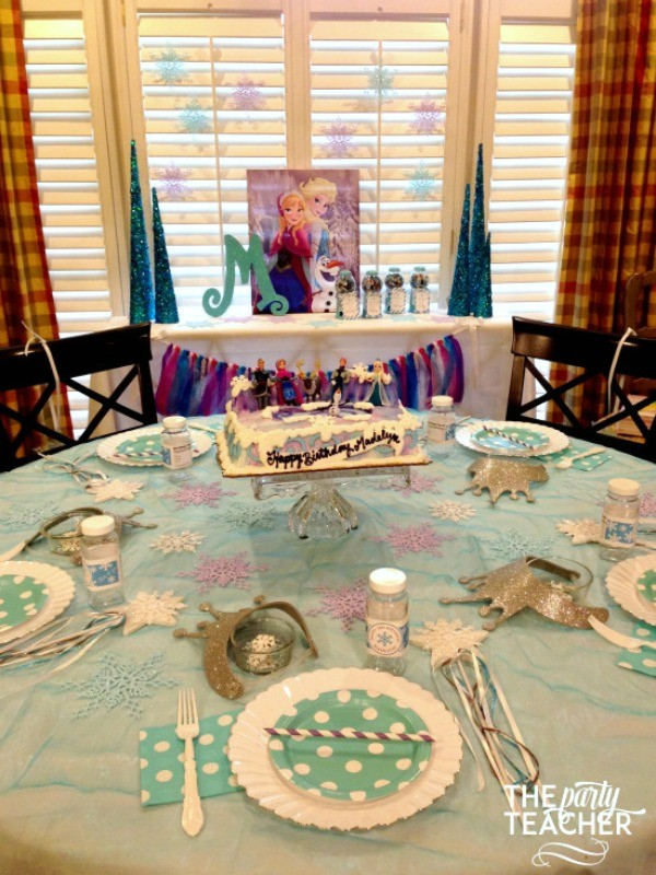 Frozen-Party-on-a-Budget-dining table favor table-The Party Teacher