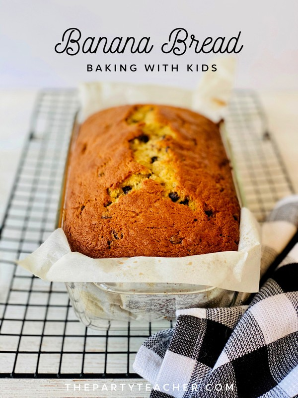 Baking-Banana-Bread-by-The-Party-Teacher-title-3