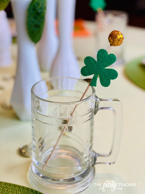 St. Patrick's Day Table by The Party Teacher - mug stirrer