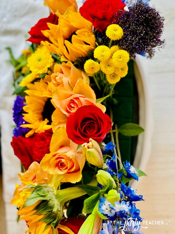 How to Arrange Flowers by The Party Teacher-WM15