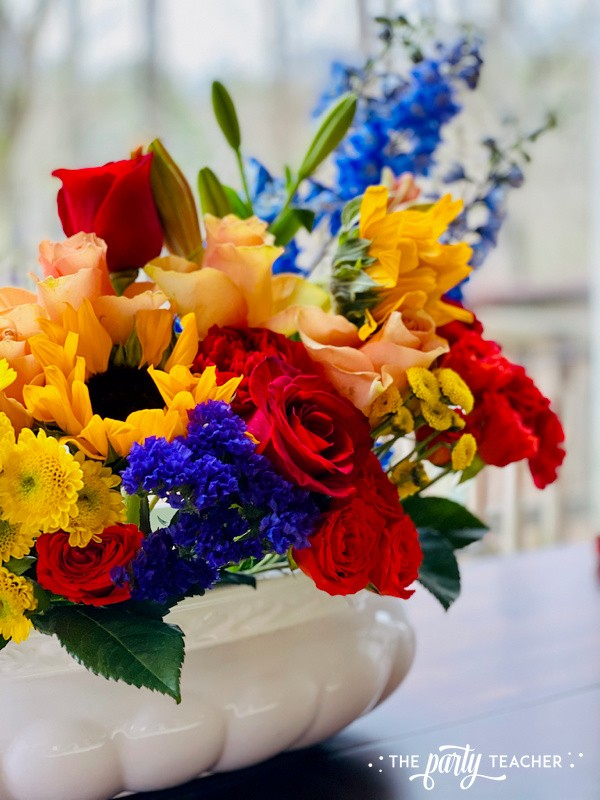 How to Arrange Flowers by The Party Teacher-WM21