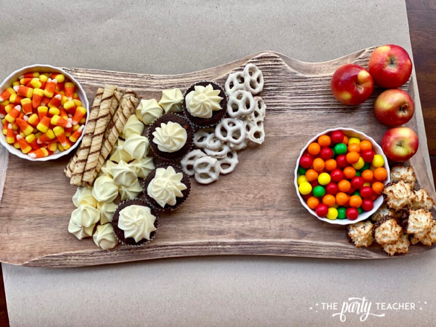 How to Make an Easy Thanksgiving Charcuterie Board - The Party Teacher-fill in corners