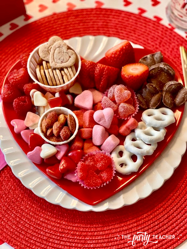 Valentine's individual candy board overhead - The Party Teacher - 3